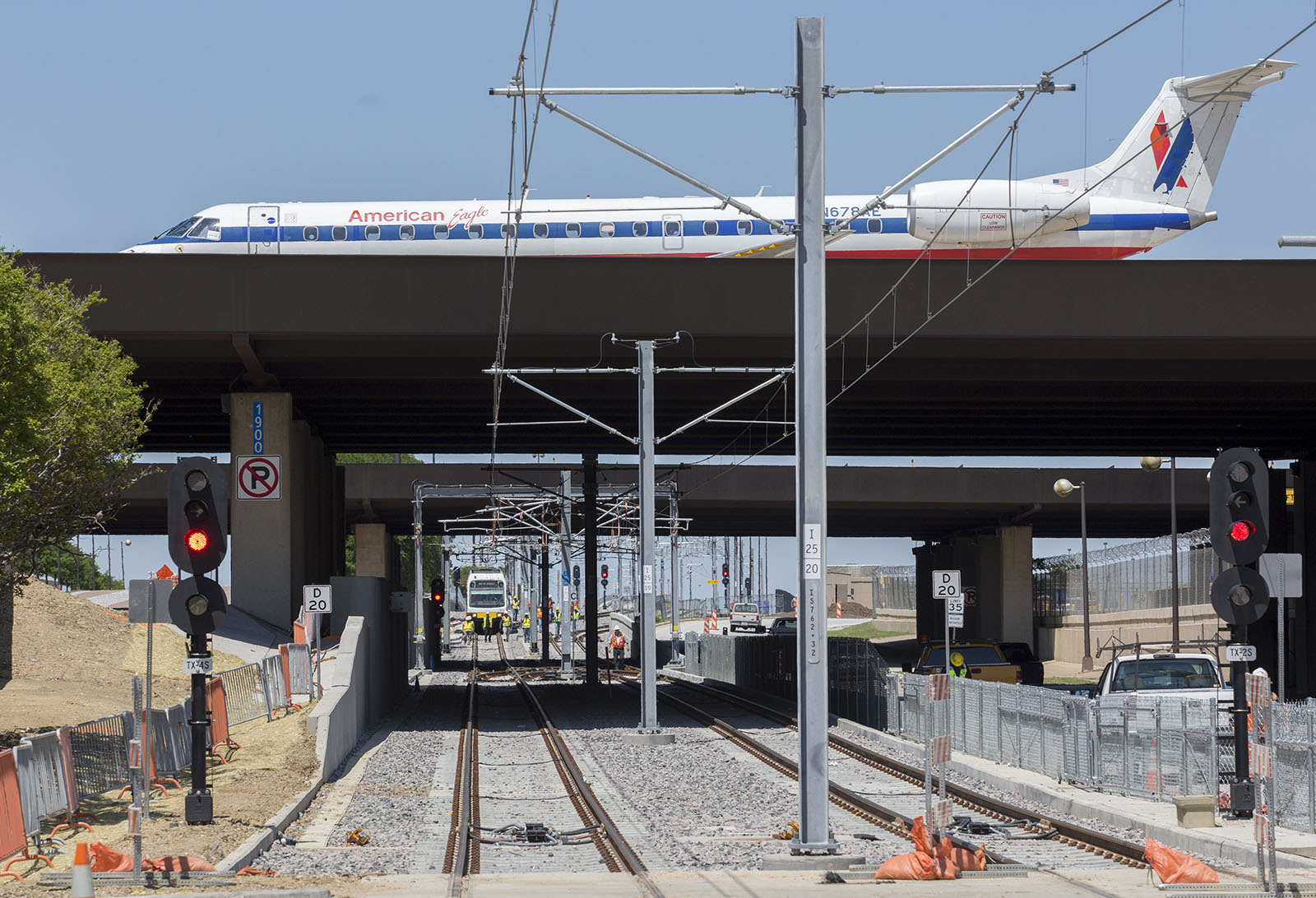 Dart Begins Light Rail Train Testing To Dfw Airport