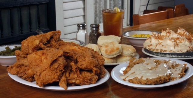 Babe's Chicken Food 823x420