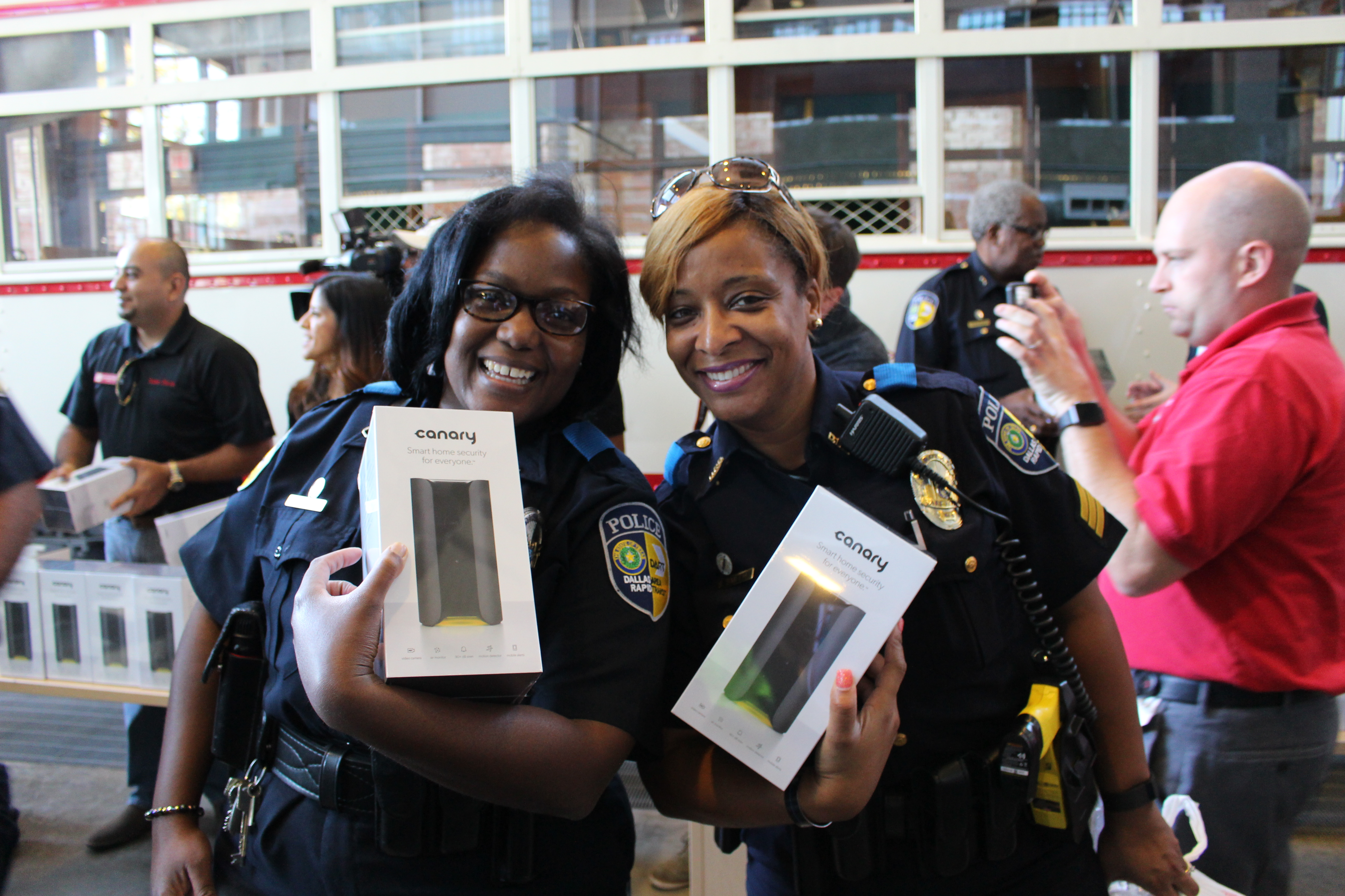 Dart Police Receive Free Home Security Systems Dart Daily