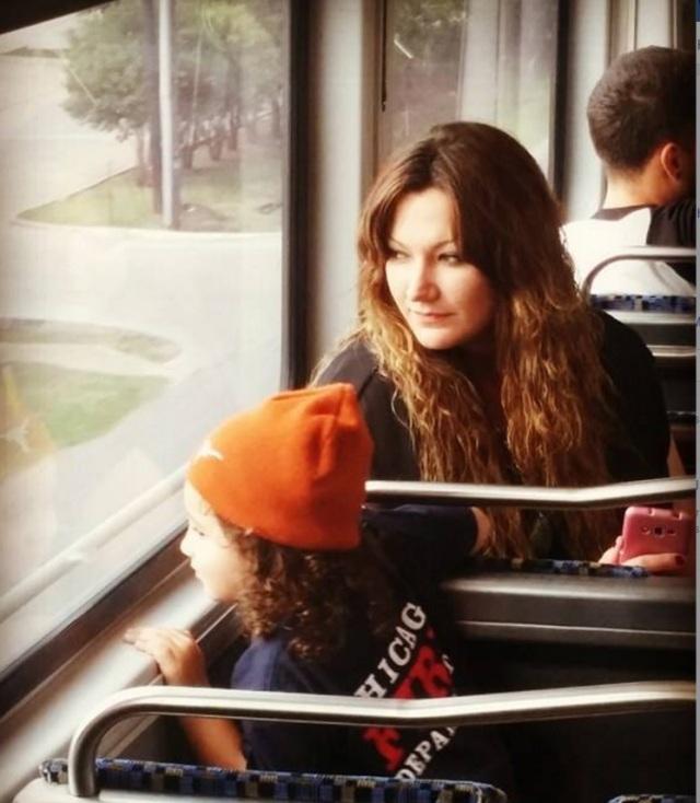 kid-on-train