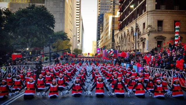 2017 Dallas Holiday Parade Opening Number