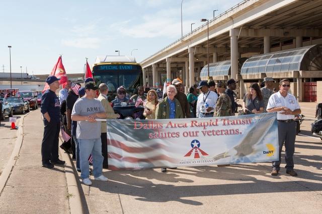Veterans Day parade 11-11-13_12